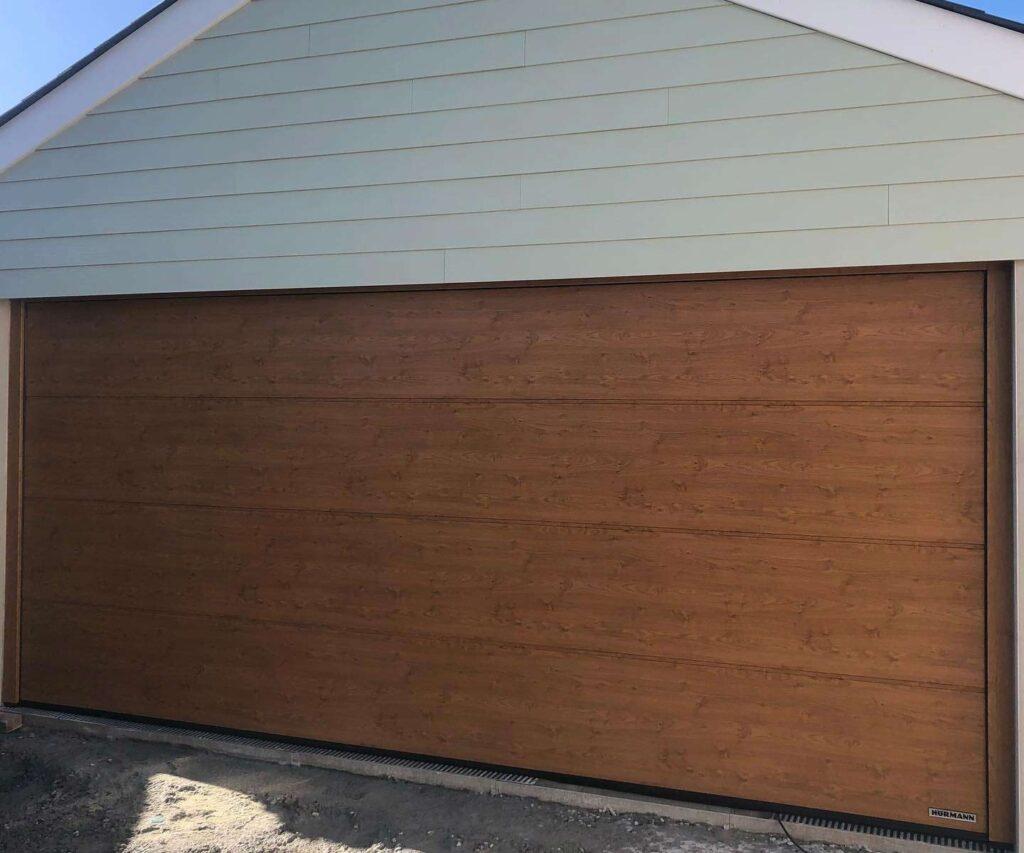 garage doors Salcombe