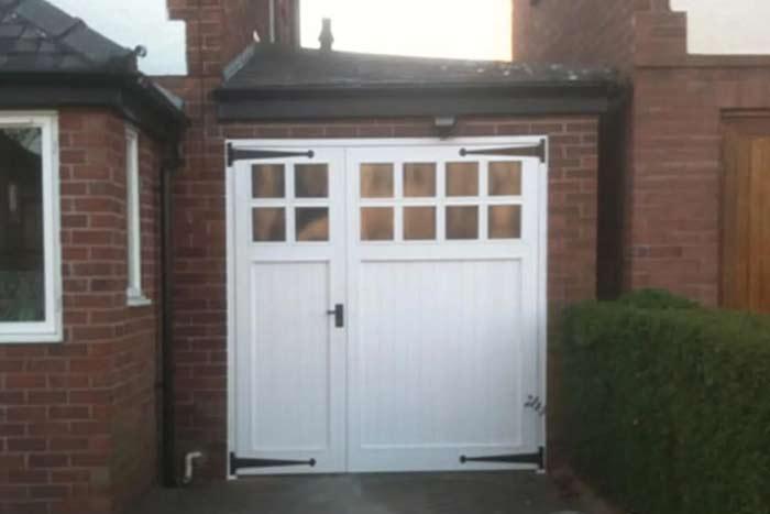 garage doors Dartmouth